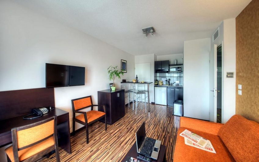 Toulouse 酒店式学生公寓 骑行11分钟到图卢兹公立兽医大学